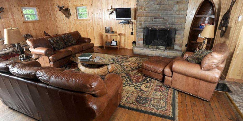 Black-Moshannon-Lodge-Living-Room