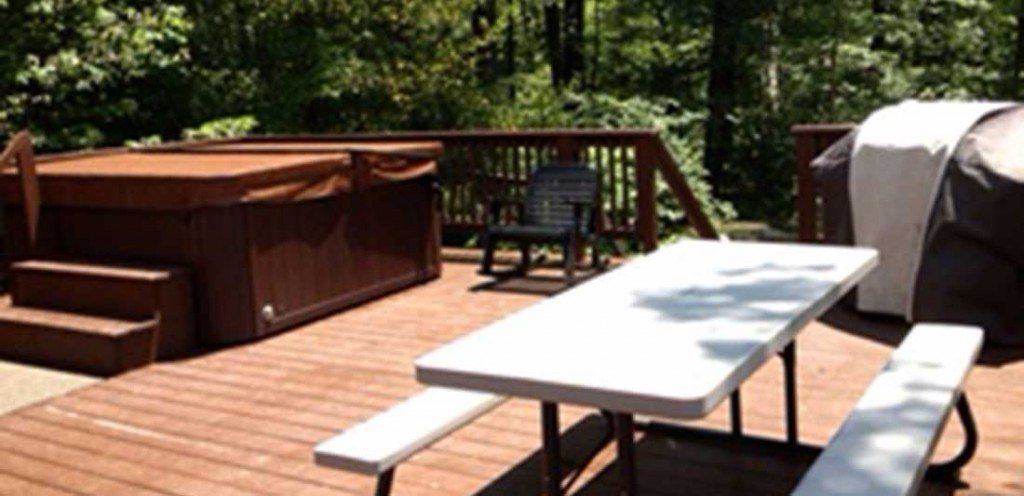 Black Moshannon Lodge Deck Table and Hot Tub